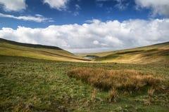 Il bello paesaggio di Brecon guida il parco nazionale con la s lunatica Fotografia Stock Libera da Diritti