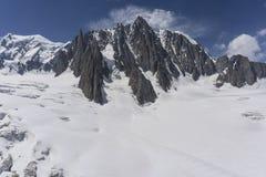 Il bello paesaggio maestoso del massiccio di Mont Blanc alpi Fotografia Stock