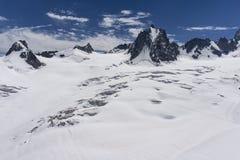 Il bello paesaggio maestoso del massiccio di Mont Blanc francese Immagini Stock