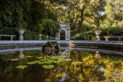 Il bello parco della villa Pallavicini, in Genua, l'Italia Fotografie Stock