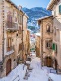 Il bello Scanno ha coperto in neve durante la stagione invernale L'Abruzzo, Italia centrale immagine stock libera da diritti