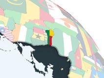 Il Benin con la bandiera sul globo Royalty Illustrazione gratis
