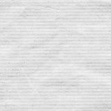 Il bianco ha riciclato la carta per appunti con struttura delle bande di orizzontale, fondo leggero Fotografia Stock