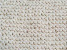 Il bianco ha tricottato la struttura con il modello orizzontale, giarrettiera Fotografie Stock