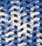 Il blu ed il bianco lavorano all'uncinetto il modello Fotografia Stock Libera da Diritti