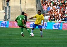 Il Brasile contro l'Algeria Immagine Stock