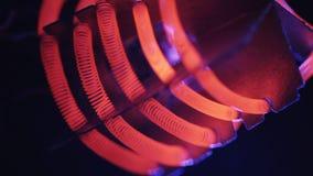 Il bruciatore del filamento di tungsteno riscalda archivi video