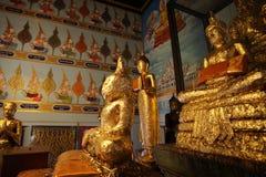 Il Buddha dentro la parete di vecchia città Fotografia Stock Libera da Diritti