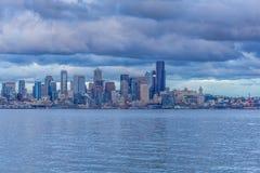 Il buio si rannuvola Seattle immagine stock libera da diritti