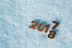 Il buon anno 2018 sostituisce il concetto 2017 Fotografie Stock Libere da Diritti