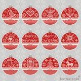 Il Buon Natale ed il nuovo anno hanno tricottato l'insieme della palla Fotografia Stock