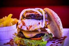 Il Burgerzilla Fotografie Stock Libere da Diritti
