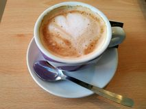 Il caffè del cappuccino è pronto Fotografia Stock