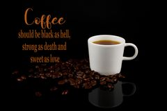 Il caffè divertente Memes, annerisce come inferno e dolce come amore immagini stock libere da diritti