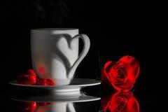 Il caffè, il cioccolato e un velluto sono aumentato Fotografia Stock