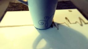 Il caffè mi sveglia su Immagini Stock Libere da Diritti