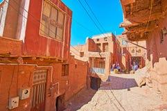Il caffè turistico nel backstreet, Abyaneh, Iran immagini stock libere da diritti