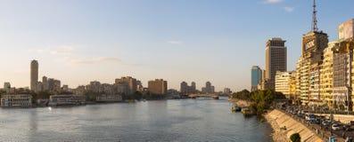 Il Cairo centrale ed il Nilo panoramici Immagini Stock
