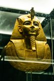 IL CAIRO, EGITTO 25 05 Maschera 2018 di Pharao nell'attrazione principale di Il Cairo del museo egiziano fotografie stock