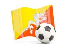 Il calcio con la bandiera d'ondeggiamento del Bhutan ha isolato su bianco Fotografia Stock Libera da Diritti