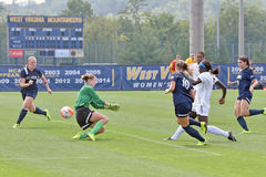 2015 il calcio delle donne del NCAA - Villanova @ WVU Fotografia Stock Libera da Diritti