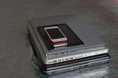 Il cambiamento dei dispositivi mobili fotografia stock libera da diritti
