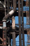 Il camino del fumo convoglia il fabrik di metallurgia nell'ARBED Lussemburgo fotografie stock libere da diritti