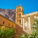 Il campanile alto della st Catherine Monastery, Sinai, Egitto fotografia stock libera da diritti
