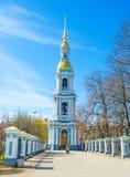 Il campanile alto della st Nicholas Cathedral a St Petersburg Fotografie Stock