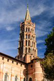 Il campanile della basilica del san Sernin, Tolosa, Francia Fotografia Stock