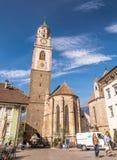 il campanile della cattedrale di San Nicola in Merano, Bolzano, Tirolo del sud, Italia Fotografia Stock