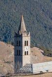 Il campanile della chiesa romana di Beaulard del castello Fotografie Stock Libere da Diritti