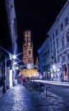Il campanile di Bruges alla notte Fotografia Stock Libera da Diritti