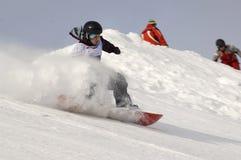 IL CAMPIONATO DELLA RUSSIA SU UNO SNOWBOARD fotografia stock