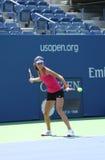 Il campione Ana Ivanovich del Grande Slam pratica per l'US Open 2013 a Arthur Ashe Stadium a Billie Jean King National Tennis Cent Immagine Stock Libera da Diritti