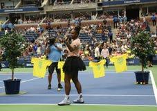 il campione Serena Williams del Grande Slam 23-time partecipa all'US Open di Arthur Ashe Kids Day prima del 2018 fotografia stock