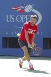 Il campione Stanislas Wawrinka del Grande Slam pratica per l'US Open 2014 a Billie Jean King National Tennis Center Immagini Stock Libere da Diritti