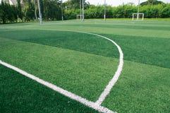 Il campo di calcio verde Fotografia Stock