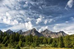 Il Canada Rocky Mountains Panorama fotografie stock libere da diritti