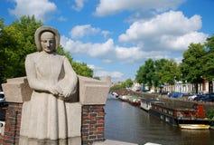 Il canale della città olandese. Immagini Stock Libere da Diritti