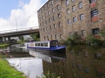 Il canale di Leeds Liverpool a Burnley Lancashire Fotografia Stock Libera da Diritti