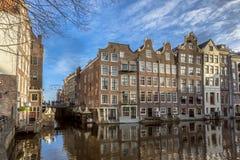 Il canale di lungomare alloggia Amsterdam Fotografia Stock