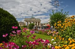 Il cancello di Brandeburgo a Berlino fotografie stock libere da diritti