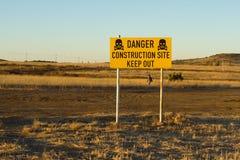 Il cantiere del pericolo, impedice di entrare il segnale Fotografia Stock