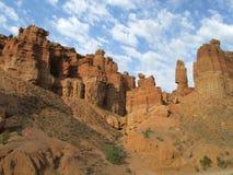 Il canyon Charyn (Sharyn) si eleva nella valle dei castelli Immagine Stock Libera da Diritti