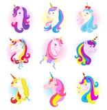 Il carattere del cavallo del fumetto di vettore dell'unicorno con la criniera magica dell'arcobaleno e del corno in bambini sogna royalty illustrazione gratis