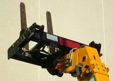 Il carrello elevatore a forcale del cantiere si biforca su Fotografia Stock Libera da Diritti