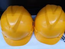 Il casco di sicurezza giallo fotografie stock
