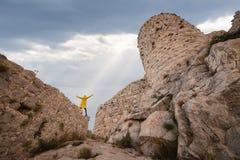 Il castello antico del serpente, l'Adana, Turchia, situata sopra una montagna e le offerte una bella vista del paesaggio fotografia stock