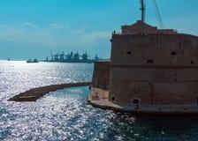 Il castello aragonese二塔兰托,意大利 免版税库存照片
